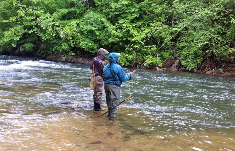 unicoi outfitters fly fishing trout fishing helen georgia