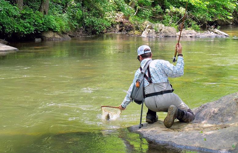 Unicoi outfitters fly fishing trout fishing helen georgia for Fly fishing georgia